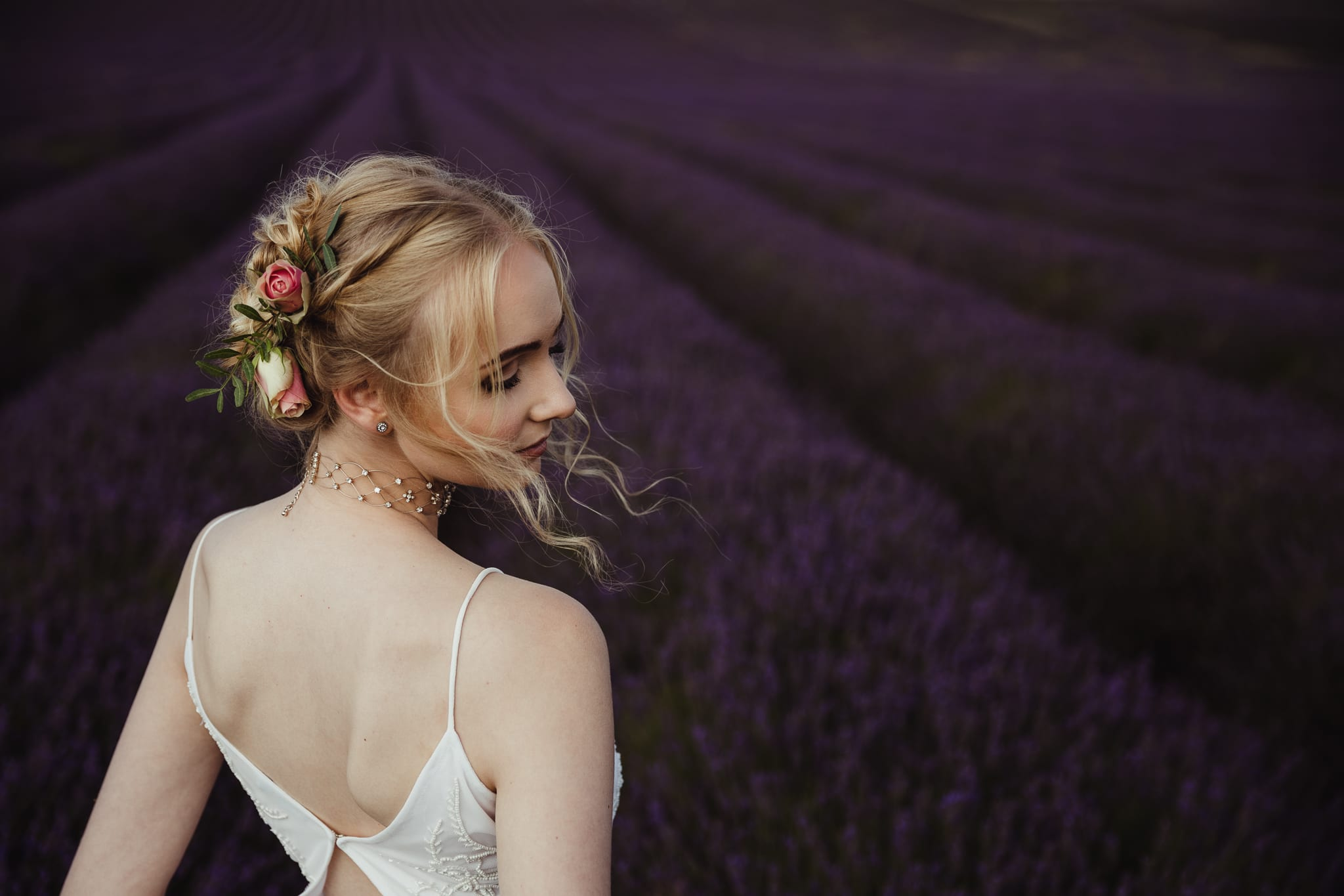 loose bridal hair with flowers
