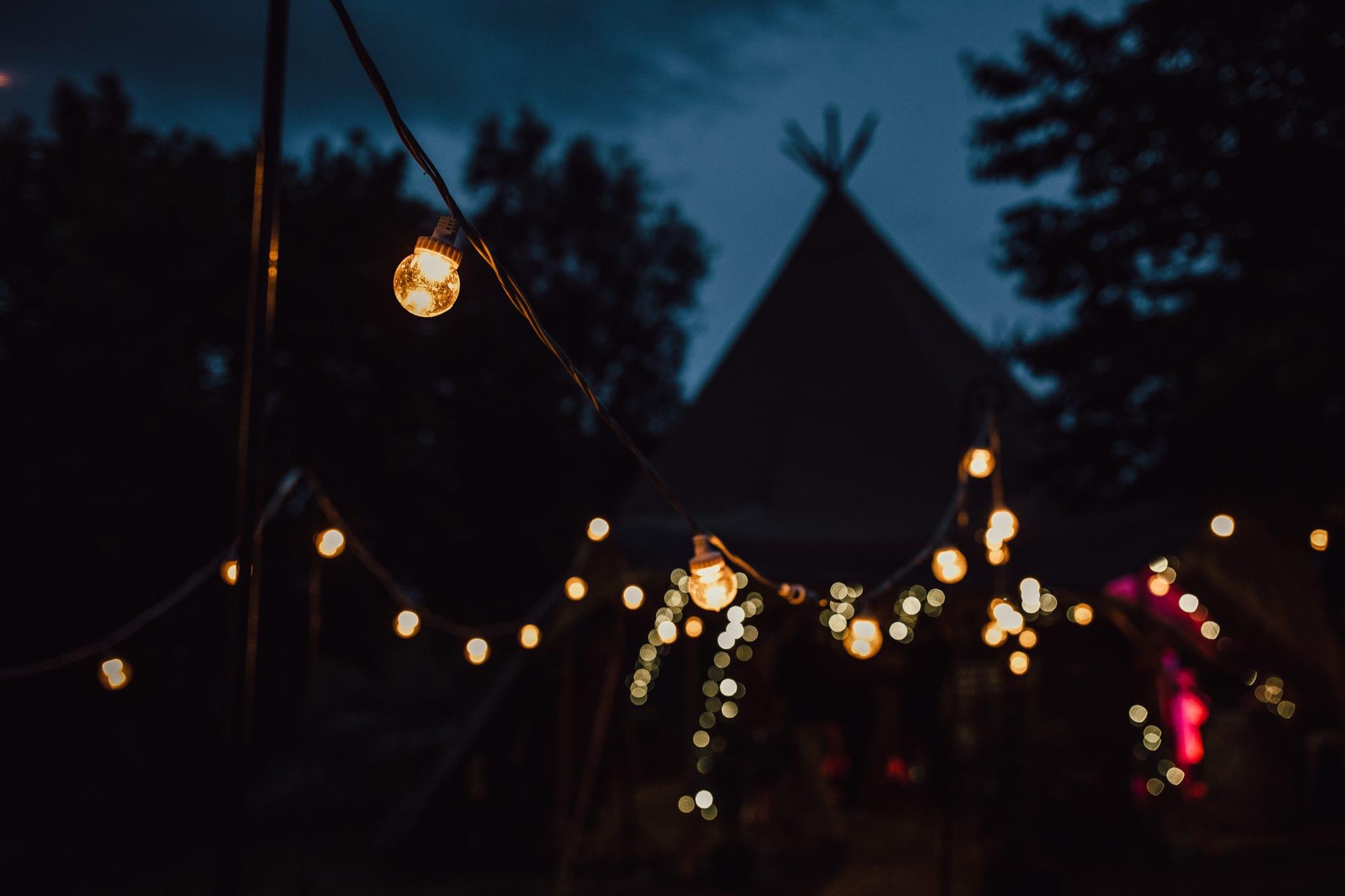 Summer tipi wedding photography